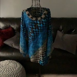 Gorgeous blue tunic, knock their socks off!